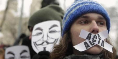 ACTA est mort, CETA prend le relais, non a CETA