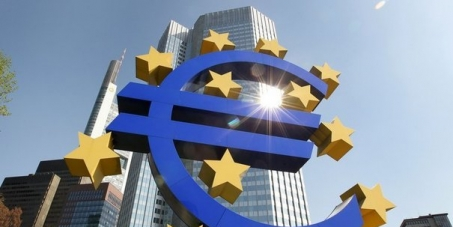 The European Central Bank should be authorized to grant credits directly to the EU member States.