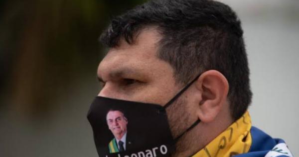 Liberdade para o jornalista Oswaldo Eustáquio. Liberdade de imprensa e opinião para todos.