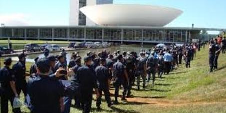 Aprovação do Projeto de Lei Nº1332 de 2003  de autoria do Sr. Arnaldo Faria de Sá