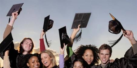 Propuesta al Ayuntamiento de La Laguna (Tenerife) de estudiar la creación de un fondo de ayuda a estudiantes de la ULL