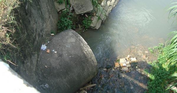 Sabesp: Pare de jogar esgoto não tratado nos rios e córregos de São Paulo