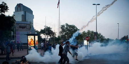 Stop the police violence against green protesters in Istanbul / Turkey