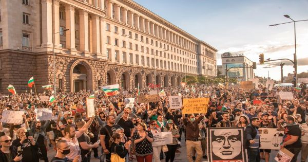 Bulgarian democracy in danger: open letter against the destruction of nature & rule of law