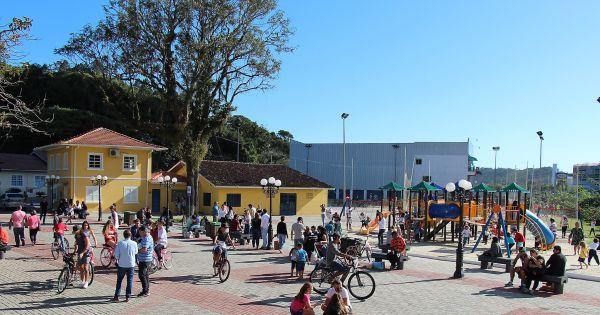 Por um Mercado Público que preserve a PRAÇA!
