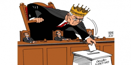 DEMOCRATIZAR A JUSTIÇA