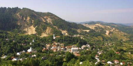 Romania: no dirty mine, no dirty politics