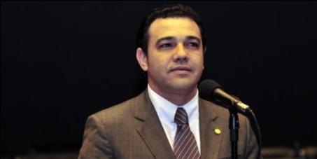 A não destituição do Pr. Marco Feliciano da Presidência da Comissão de Direitos Humanos da Câmara Federal