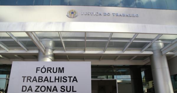 MOVIMENTO PELA PERMANÊNCIA DO FÓRUM TRABALHISTA NA ZONA SUL DE SÃO PAULO - BRASIL