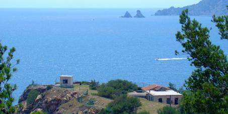M. Laurent Cayrel, Préfet du Var et M. Yves Joly, Préfet maritime de la Méditerranée : Sauvegardons la Pointe de Marégau
