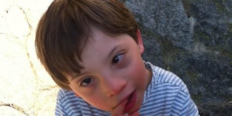 Aidez Matthieu à retourner à l'école!