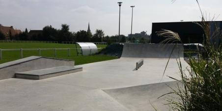 Le maire du Pouliguen Yves LAINE: Réétudier le dossier de la remise en état du skatepark du Pouliguen