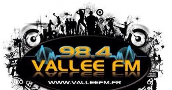 Alain Kelyor maire d'Emerainville, Paul Miguel président du Val Maubuée et le CSA: Non à la fermeture de Vallée FM