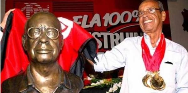 Prefeito Eduardo Paes: Mude o nome da Rua Tubira para Rua Carlinhos Violino