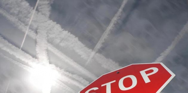 Canadian Government: Stop Chemtrailing Canadian Skies