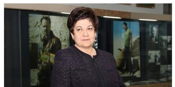 PUBLIC LARGE: Non au licenciement de directrice du Musée Savitsky (Noukous)