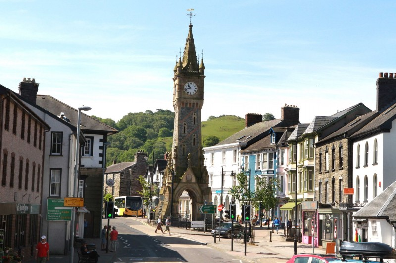Machynlleth Town Council declare a Climate Emergency!