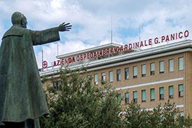 Amministrazione Comunale di Tricase: Parcheggio libero per l'ospedale Card.G. Panico di Tricase: via le strisce blu!
