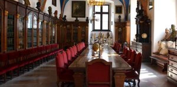 Senat Uniwersytetu Jagiellońskiego: Odebranie panu Andrzejowi Dudzie tytułu Doktora Nauk Prawnych